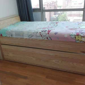 Natural Wood Trundle Bed